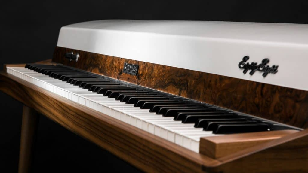 vintage-vibes-walnut-rhodes-sideview