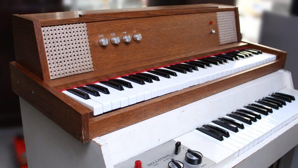 hohner-pianet-m