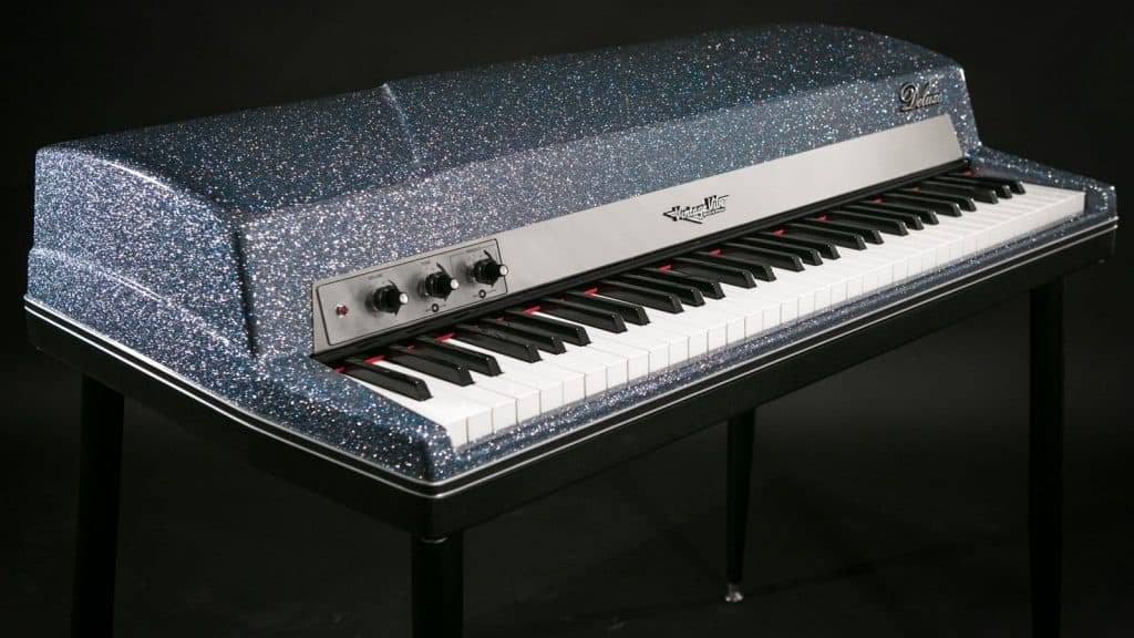 Vintage Vibe Piano Blue Metal