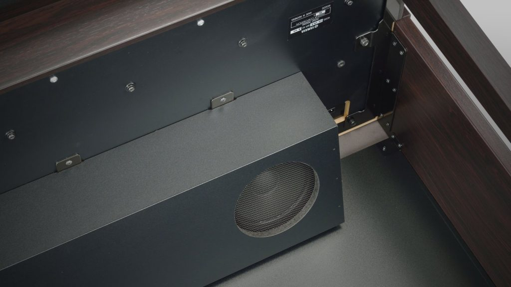 Digitalpiano Lautsprecher überprüfen